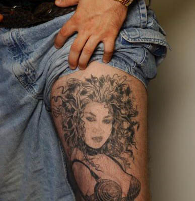 Kim Kardashian Tattoo 2011