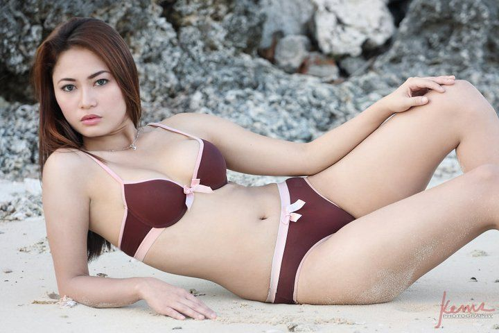 beach bikini sexy asians 06