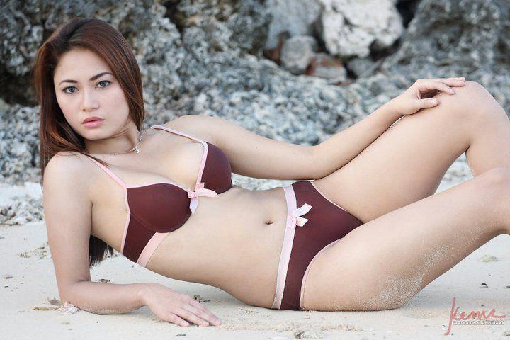 beach bikini sexy asians 06