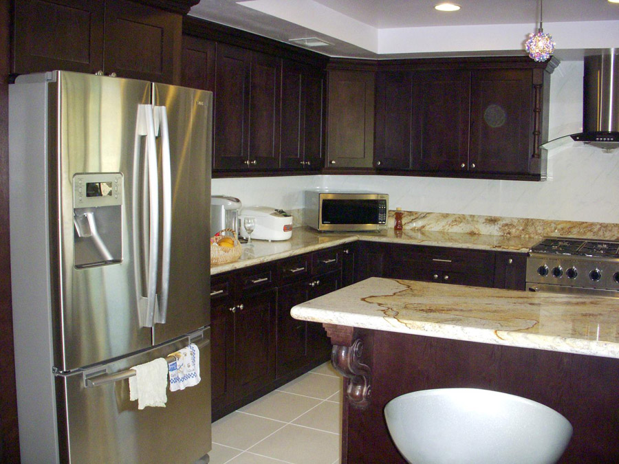 Kitchen And Bath Cabinets Vanities Home Decor Design Ideas Photos Espresso Shaker Kitchen