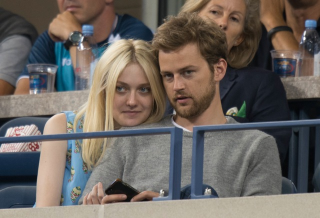 Dakota Fanning couple