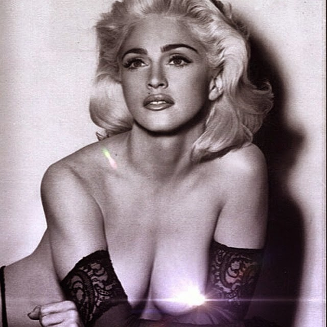 Madonna celebra su cumpleaños en topless