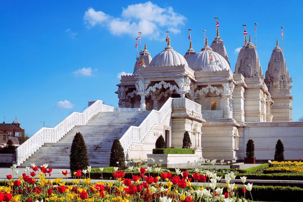 Image result for Baps Shri Swaminarayan Mandir london pic