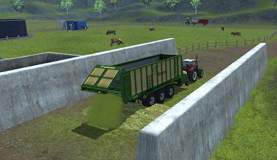 Unloading grass to bunker