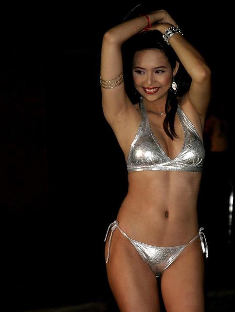lisa ray hot pics nude