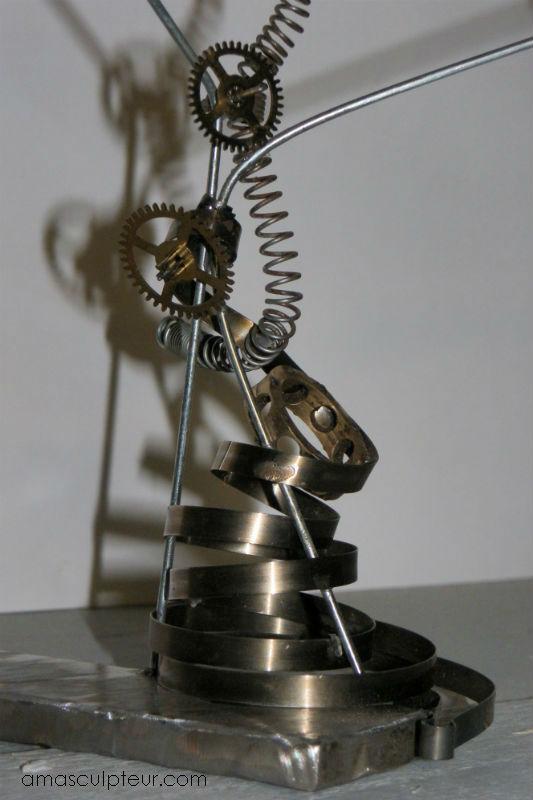 """Sculpture métal """"Homme de Babel"""" recyclage par Ama sculpteur"""