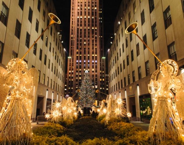 Imagen tomada en el Rockefeller center desde abajo