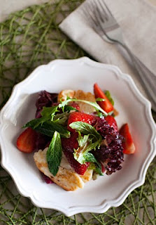 Strawberry Salad with Haloumi