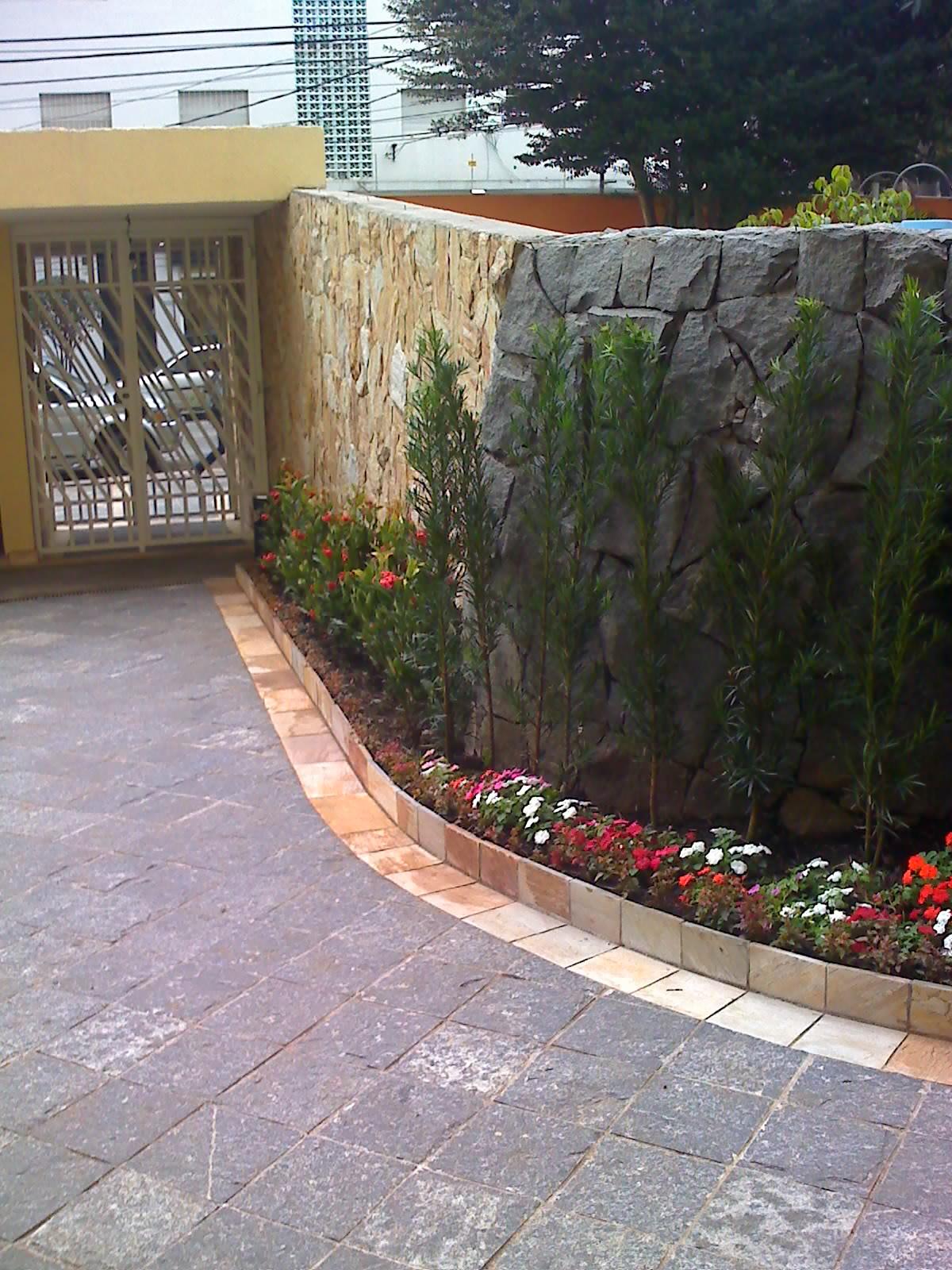 pedra miracema jardim: cinza piso em pedra miracema 23×23 com tabeira tento pedra são tomé