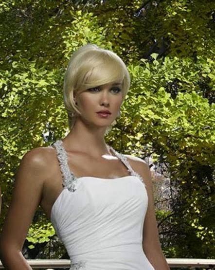 Vestido de Novia Drapeado con Cuello Halter Brillante