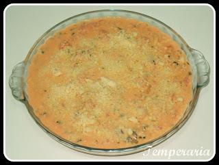 Camarão com tomate e requeijão