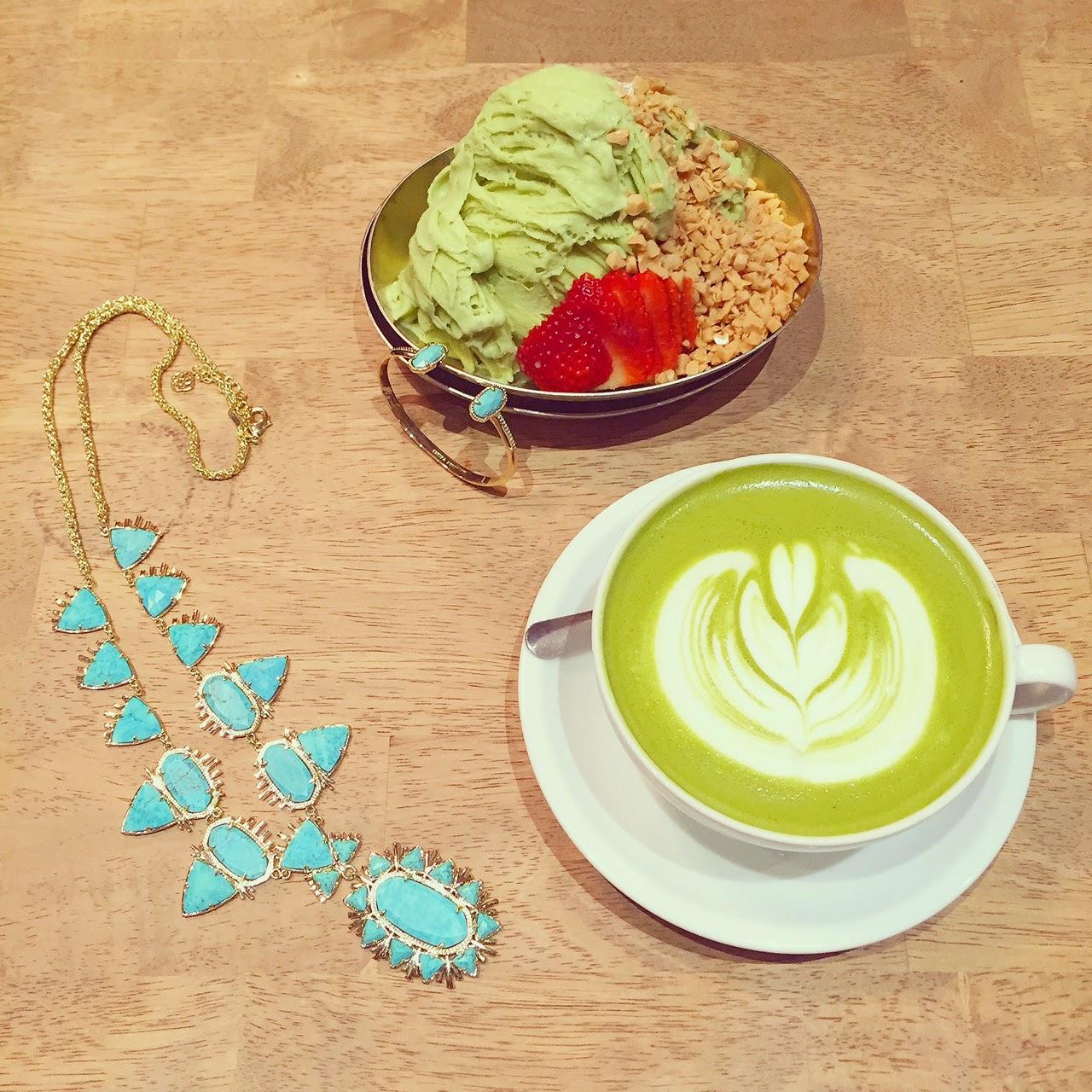 dessert, kendra scott havana statement necklace, kendra scott, via maya, livinglaviamaya, latte art, coffee, nyc