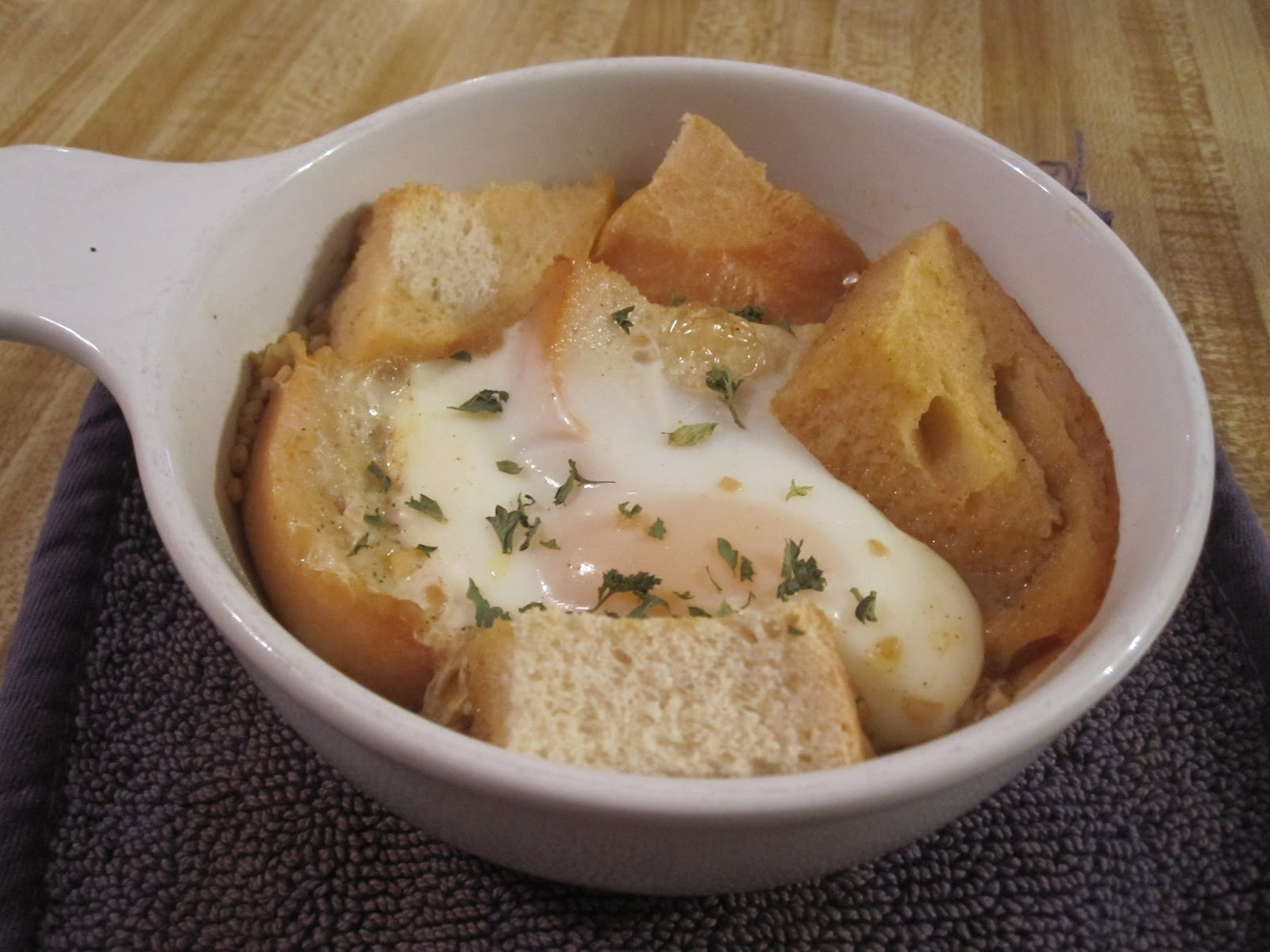 Vegetarian and Cooking!: Sopa de Ajo (Garlic Soup)