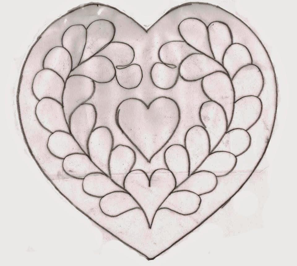 wzor na poduszke serce do pikowania
