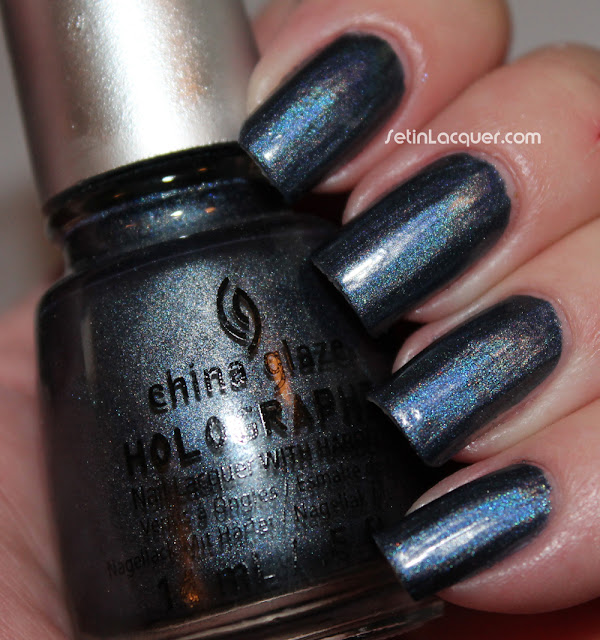 China Glaze Hologlam - Strap on Your Moonboots