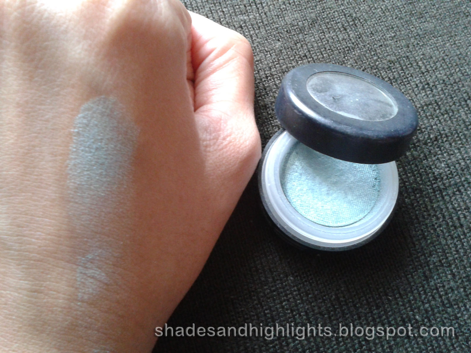 Mac Surreal Eyeshadow Review