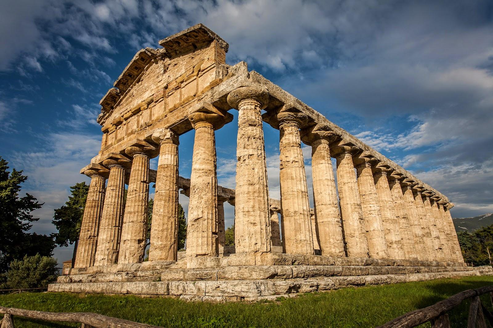 Artchist arquitectura griega en paestum italia for Arquitectura griega templos