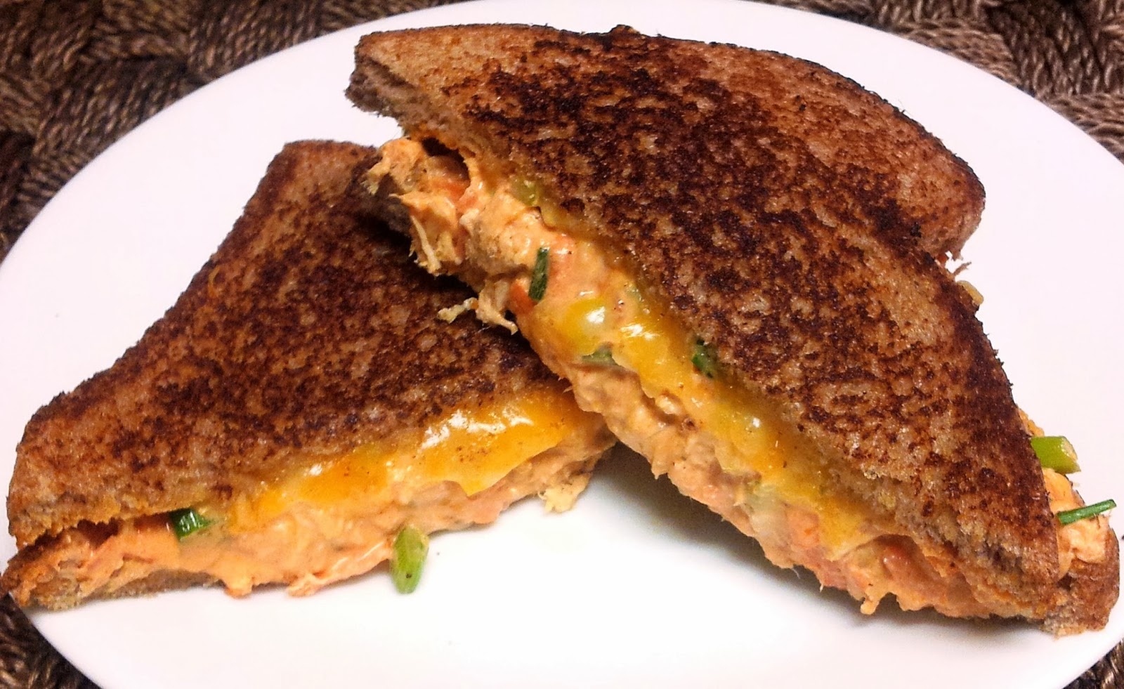 ... ... Healthy & Low Calorie: Buffalo Chicken Grilled Cheese Sandwich