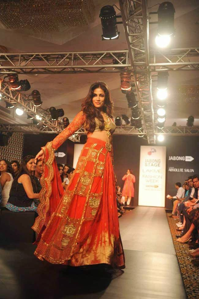Chitrangda Singh At Lakme Fashion Week Winter/Festive 2014