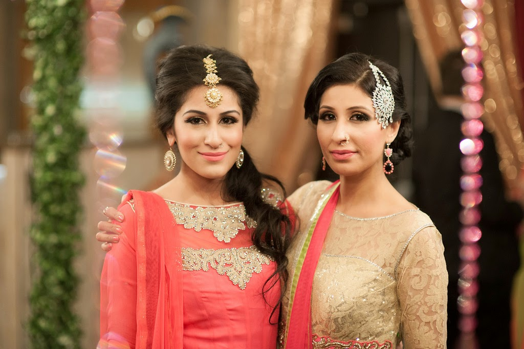 indian wedding, mehndi, bridesmaids