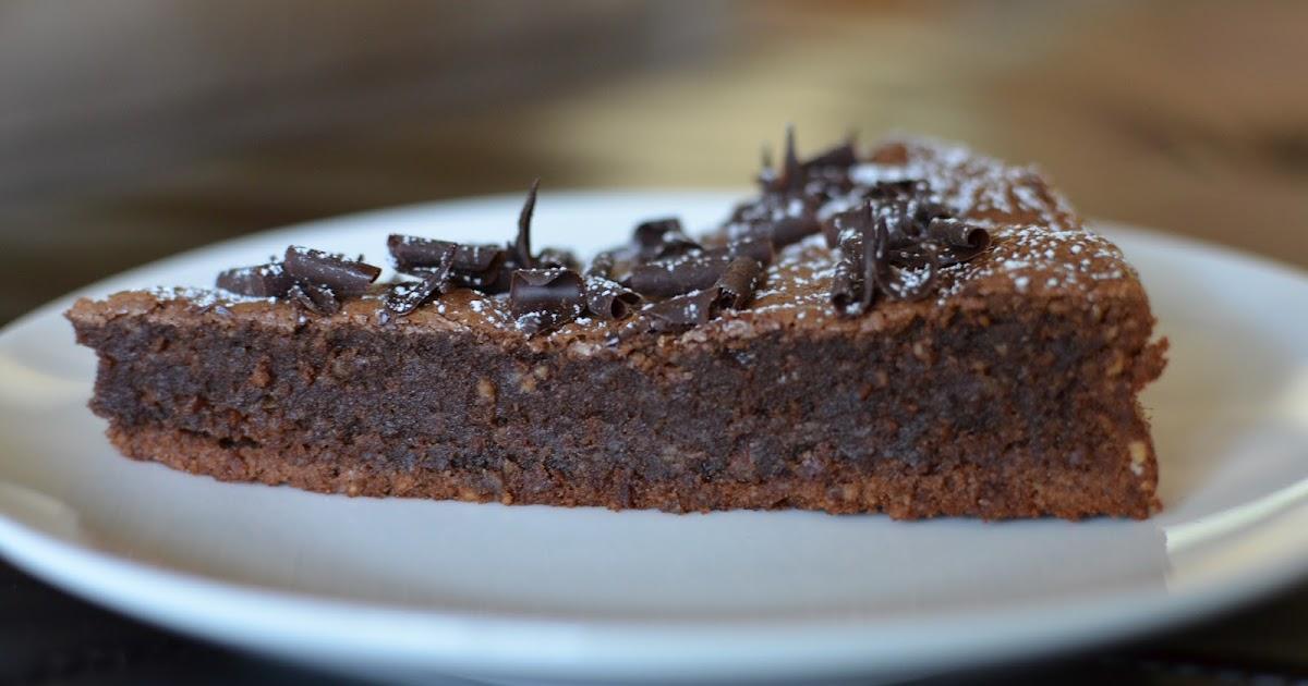 Chocolate Amaretti Cake Recipe