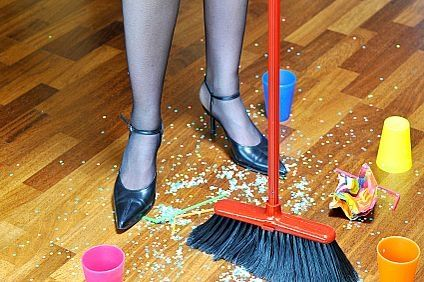 How To Quickly Clean Home when Family Gatherings in New Year's Holiday