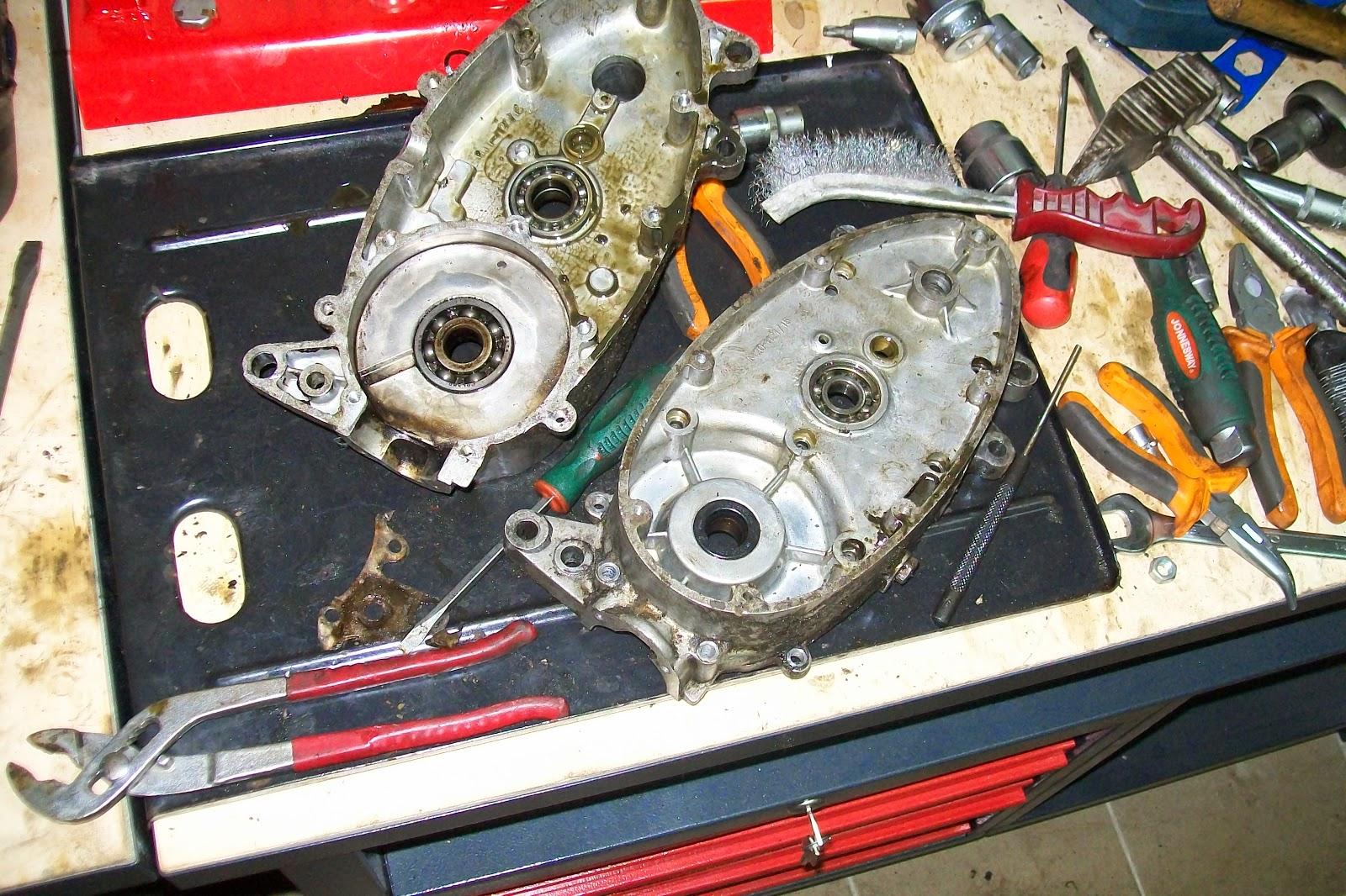 Jawa obudowa silnika