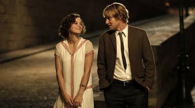 كيف توقع المرأة في حبك,رجل وامرأة يتمشيان مع بعض يمشيان,midnight love