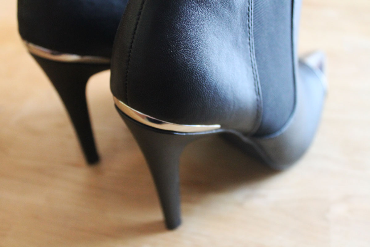 H&M, black ankle heels, lowcost, elegance, glamour, style, fashion