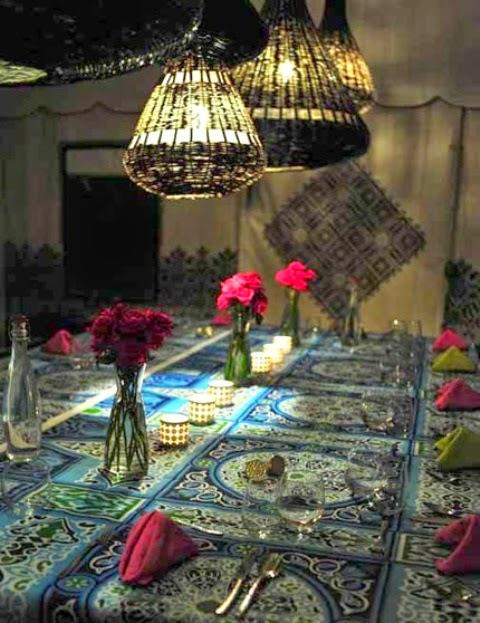 تصميمات رائعه لغرف المعيشه المغربيه  Exquisite-moroccan-dining-room-designs-18