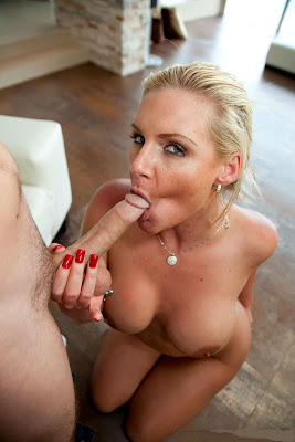 alexis texas blowjobs