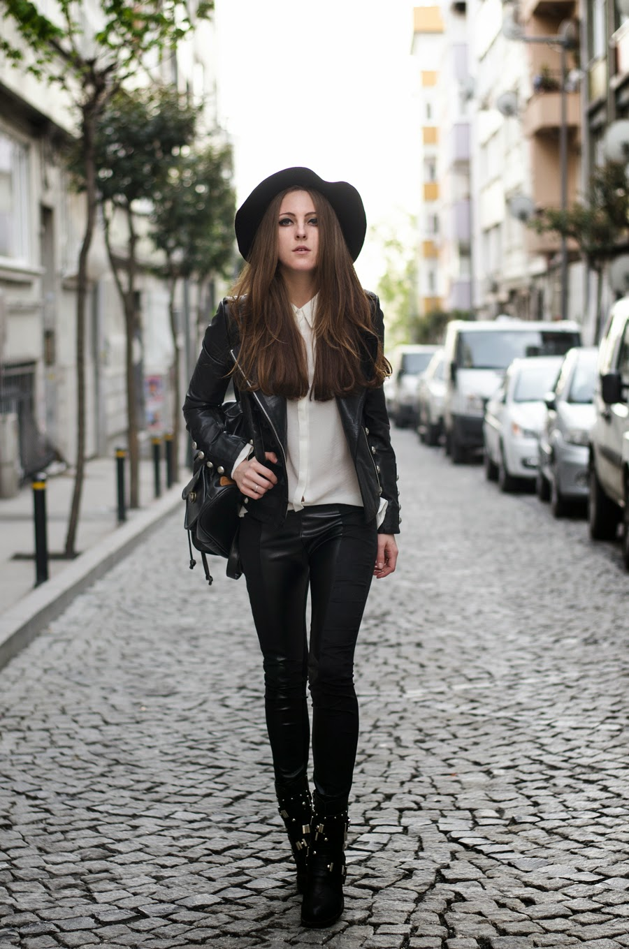 istanbul street style, russian fashion blogger , leather jacket outfit, rocker girl outfit, fedora and long hair, fashion details, spring 2014 trends, neon rock katerina k