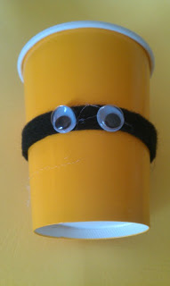 DIY Minions party cups.