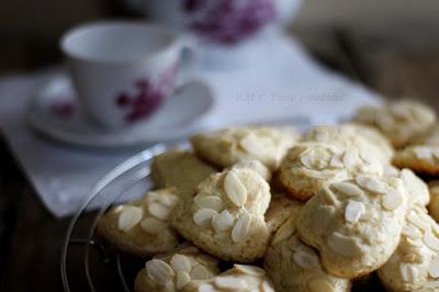 Lepeshki: biscotti russi alle mandorle