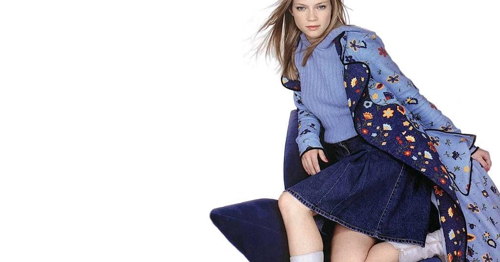 amy lysle smart in skirt blip fun online