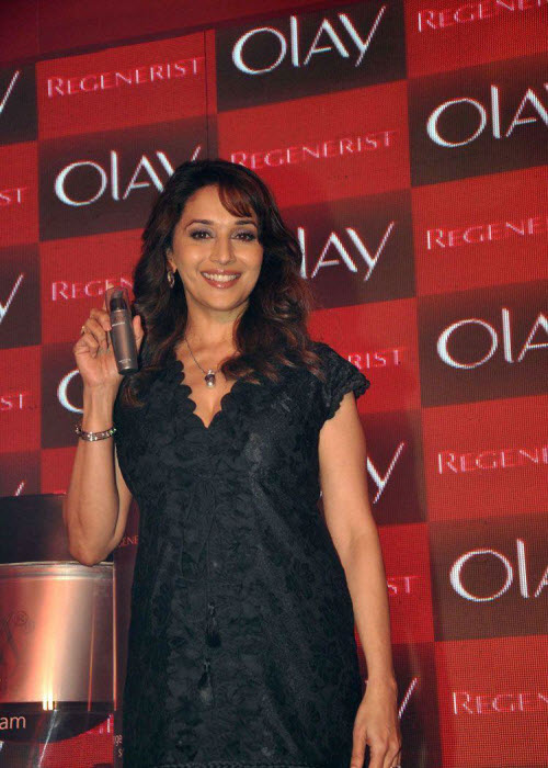 madhuri dixit in black event shoot cute stills