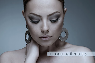 Ebru Gundes Wallpaper