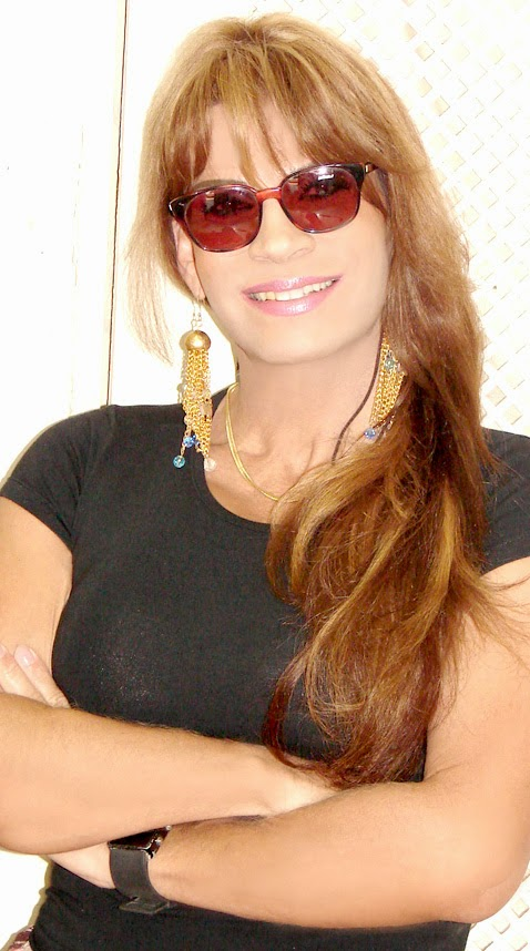 Renata Cardoso.