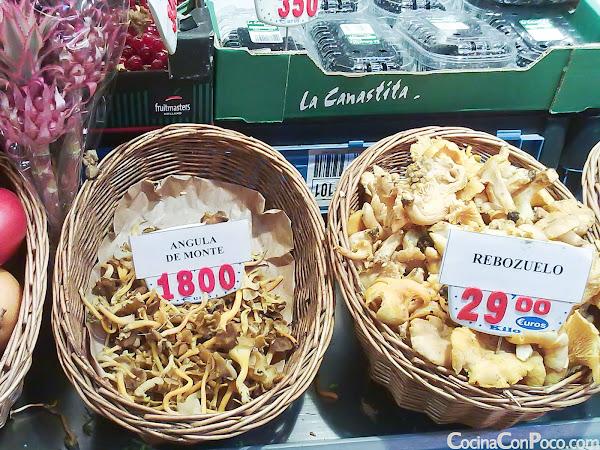 Mercado de La Paz - Madrid - Leche recien ordeñada en casa