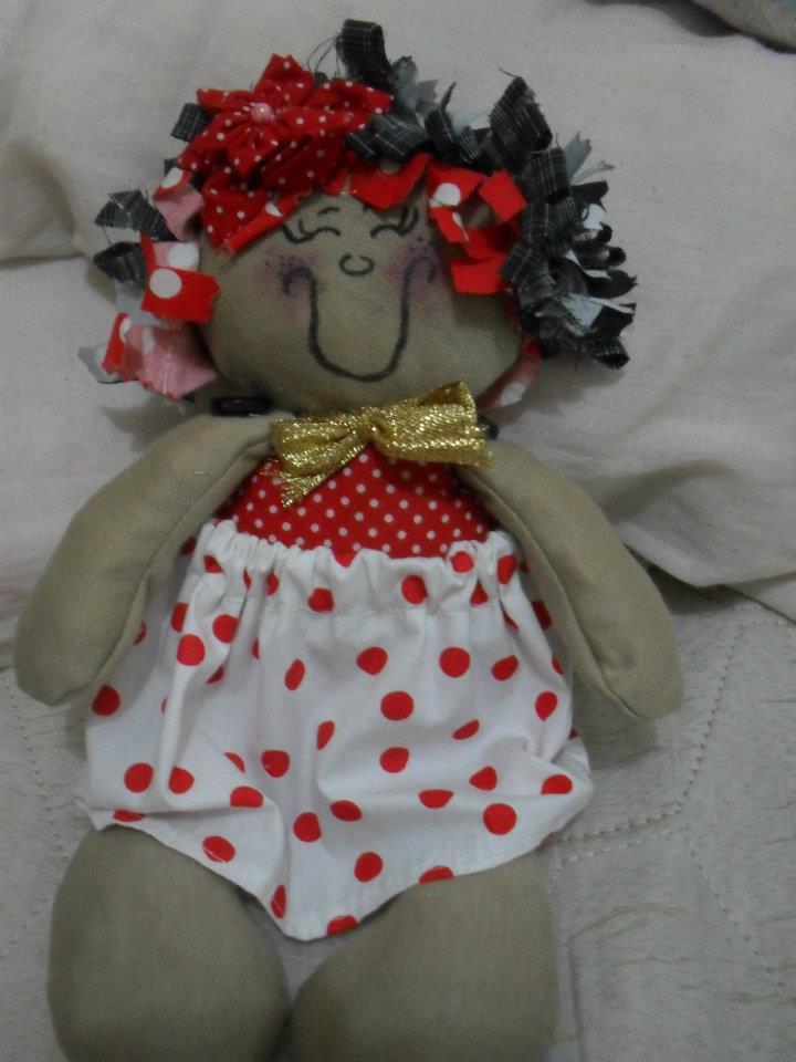 Essa foi a primeira boneca q fiz rsrsrsrsr,modifiquei o rosto dela