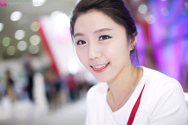 7 Kim Ha Eum - World IT Show 2012-very cute asian girl-girlcute4u.blogspot.com