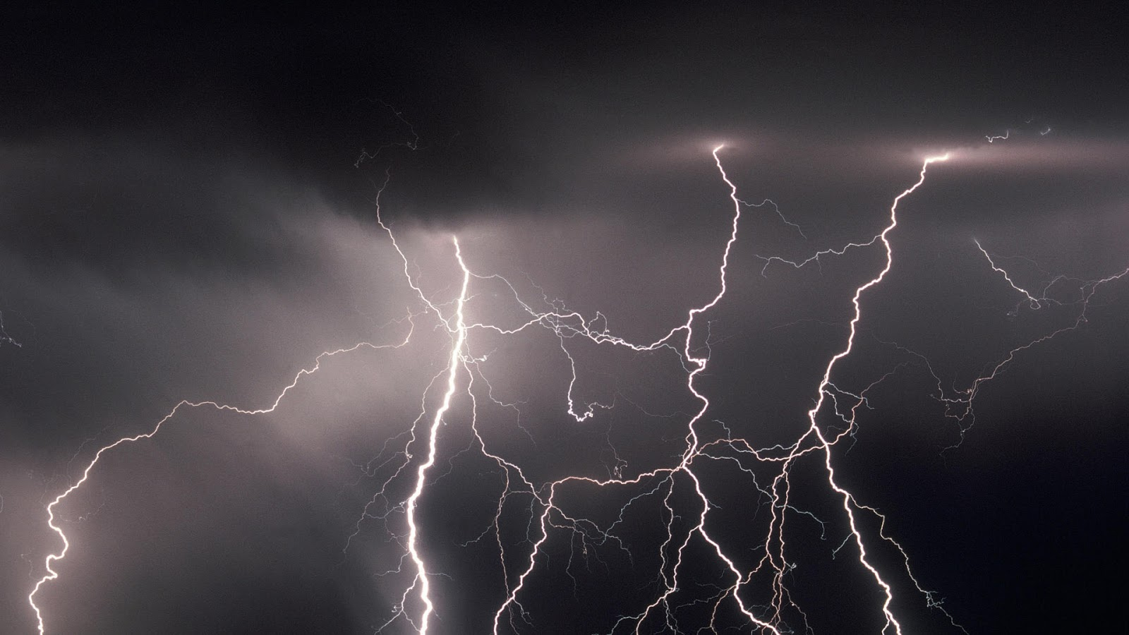 sky lightning wallpapers hd free wallpaper