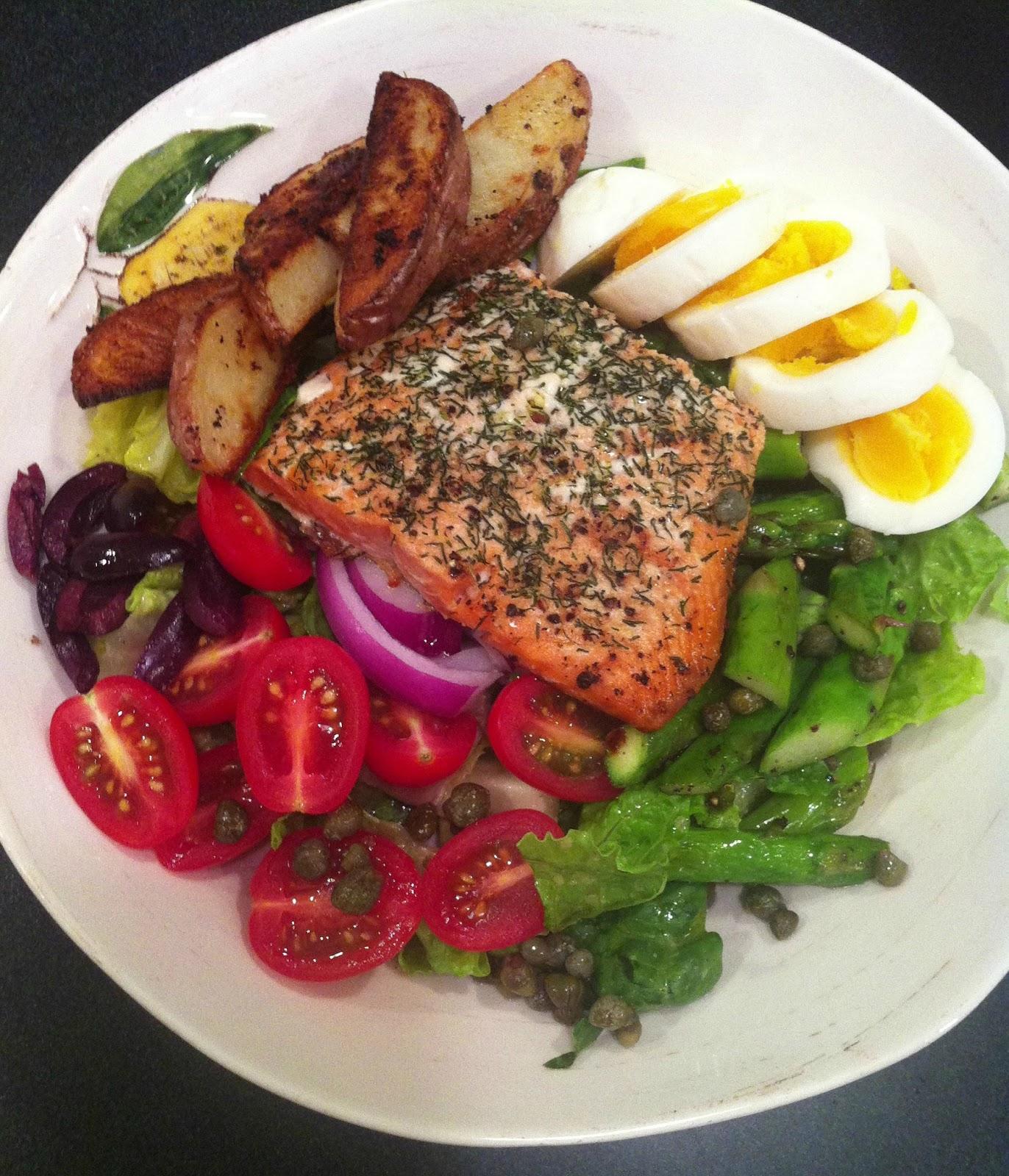 Peace love good food roasted salmon nicoise salad roasted salmon nicoise salad forumfinder Image collections