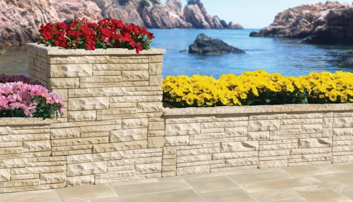 Arte y jardiner a superficies verticales materiales for Losas de hormigon para jardines