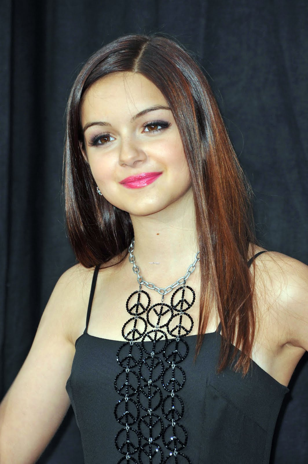 Ariel Winter Hairstyle Picture Gallery Teen Girls Hairstyle Ideas