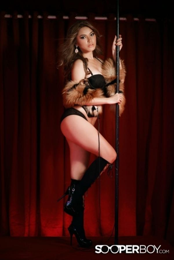 Nathalie Hayashi Sexy Photo