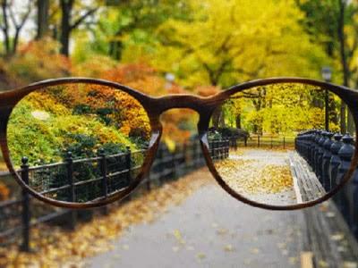 "Pantallas ""con gafas"", pantallas correctoras de vista"