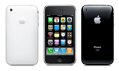 Apple iPhone 3GS in white and black