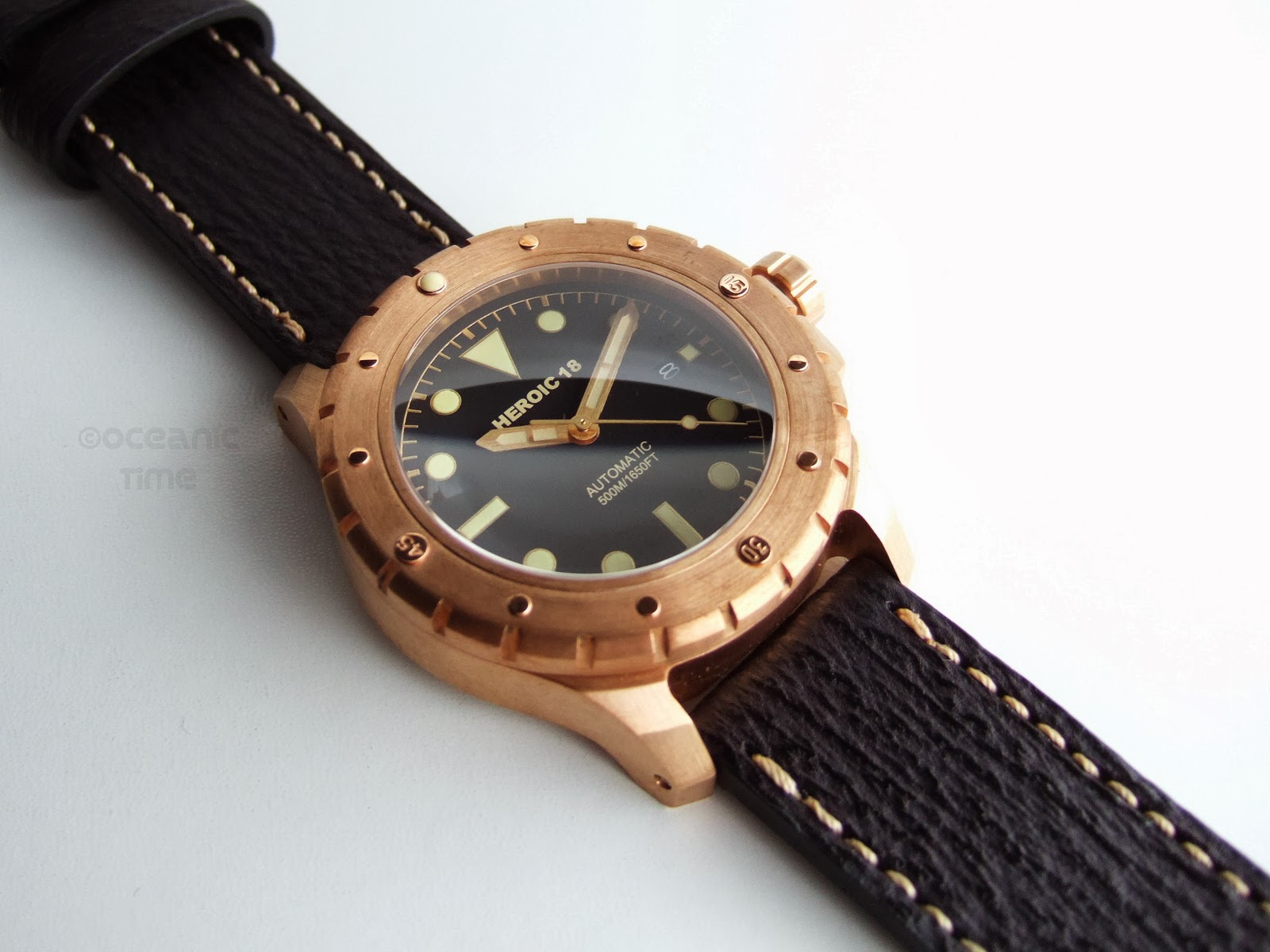 Oceanictime heroic18 bronze diver n 82 - Bronze dive watch ...
