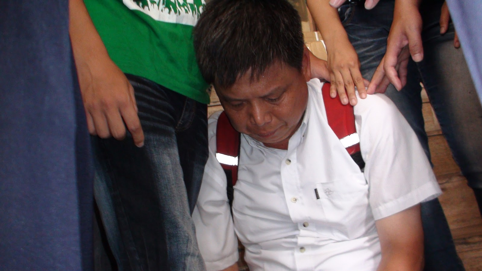 徐世榮遭警方以「公共危險」逮捕偵訊